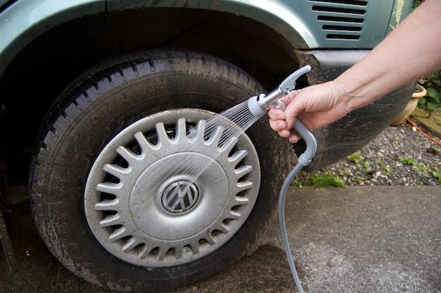Safari shower wheel wash