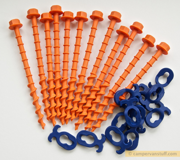 A pack of twelve 'N' pegs and clips